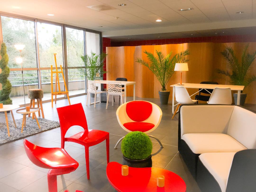 Le salon design et coloré